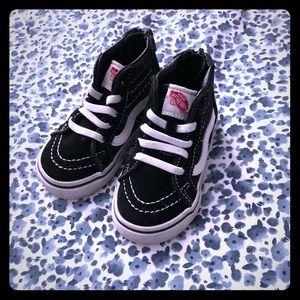 Toddler size 5 Vans Sk8 Hi Zip Shoe